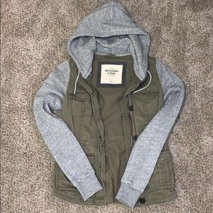 ABERCROMBIE - Sweatshirt Jean Jacket